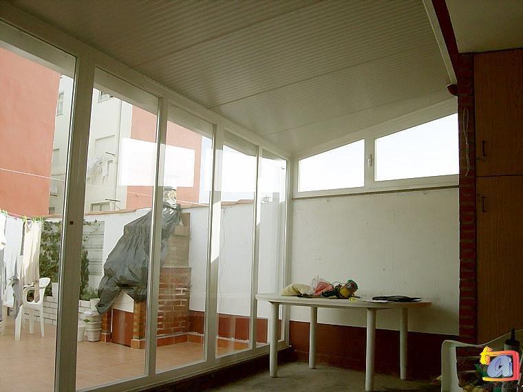Visualizando imágenes del artículo: Áticos y galerías aluminio Nº15