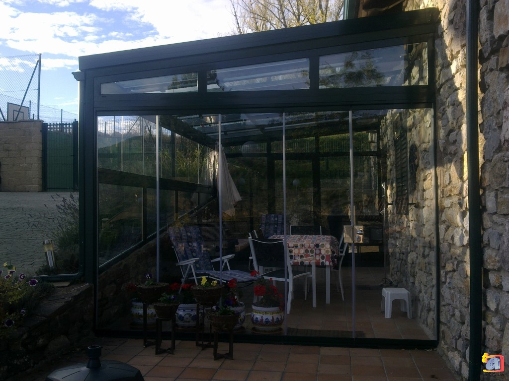 Visualizando imágenes del artículo: Áticos y galerías vidrio Nº1