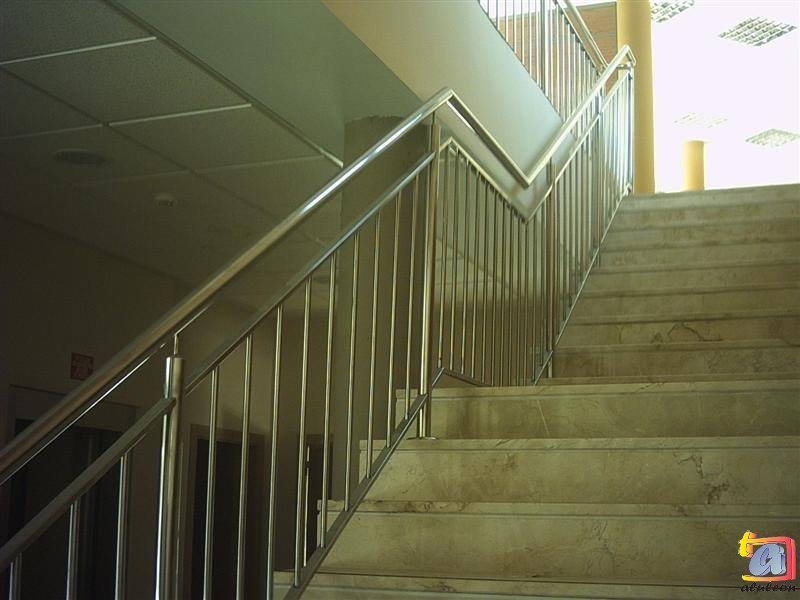 Visualizando imágenes del artículo: Barandillas/escaleras acero inoxidable Nº1