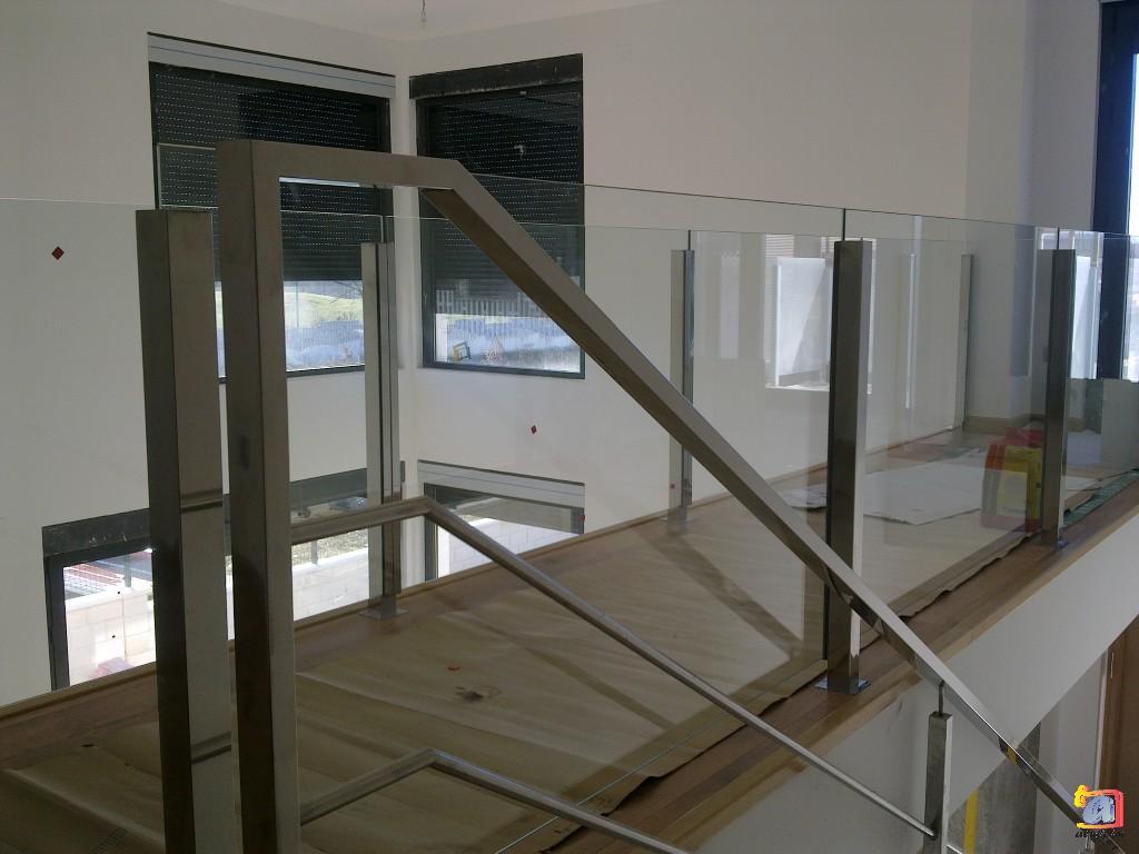 Visualizando imágenes del artículo: Barandillas/escaleras acero inoxidable Nº7