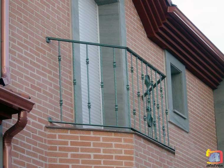 Visualizando imágenes del artículo: Barandillas/escaleras hierro-forja Nº20