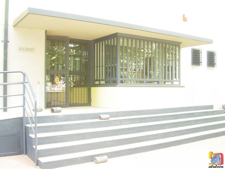 Visualizando imágenes del artículo: Barandillas/escaleras hierro-forja Nº23