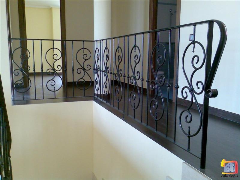 Visualizando imágenes del artículo: Barandillas/escaleras hierro-forja Nº30