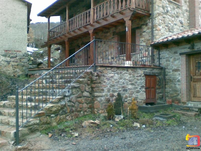 Visualizando imágenes del artículo: Barandillas/escaleras hierro-forja Nº35