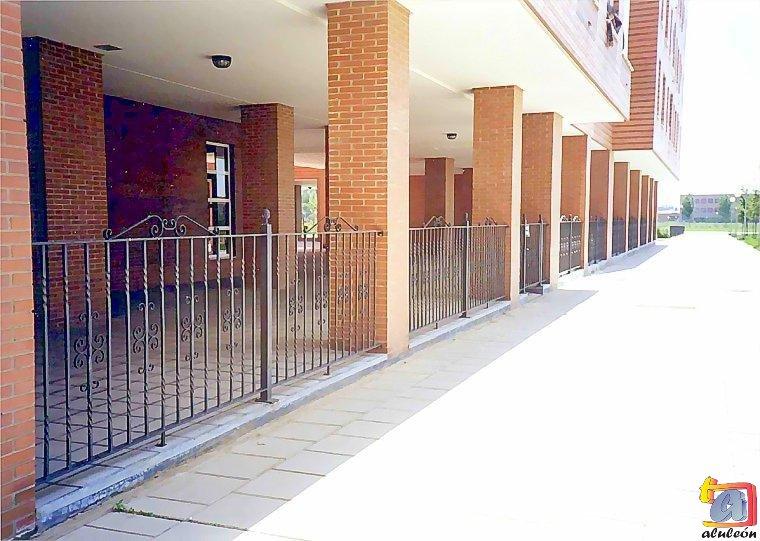 Visualizando imágenes del artículo: Barandillas/escaleras hierro-forja Nº4