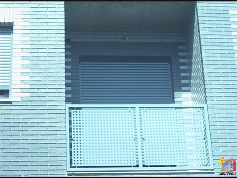 Visualizando imágenes del artículo: Barandillas/escaleras hierro-forja Nº41