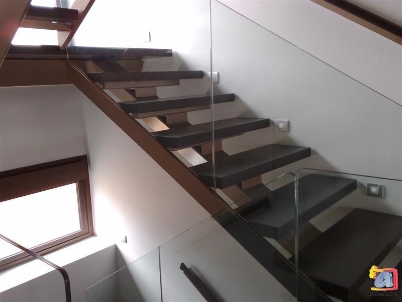 Visualizando imágenes del artículo: Barandillas/escaleras vidrio Nº1