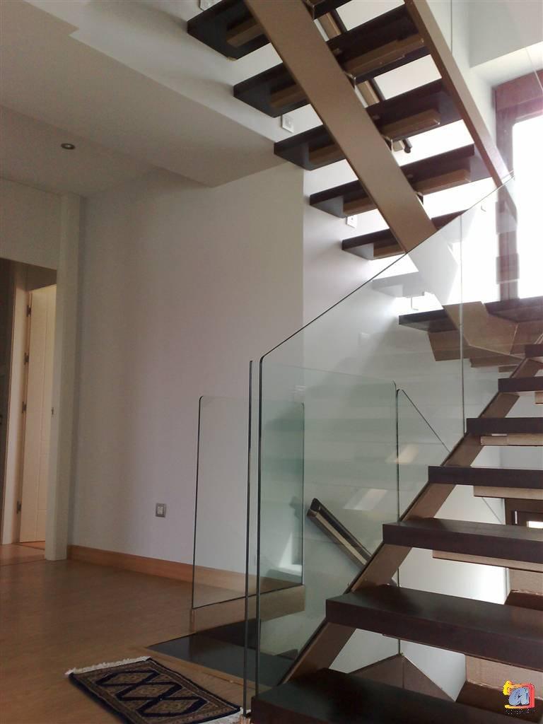 Visualizando imágenes del artículo: Barandillas/escaleras vidrio Nº6