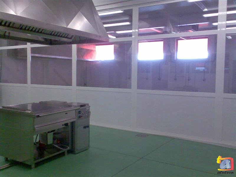 Visualizando imágenes del artículo: Instalaciones comerciales aluminio Nº3