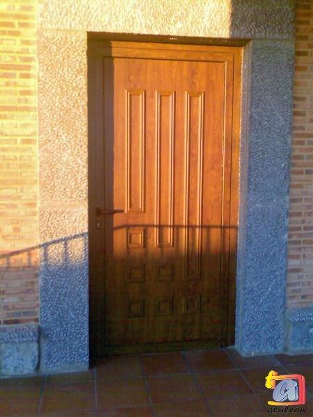 Visualizando imágenes del artículo: Puertas aluminio Nº18