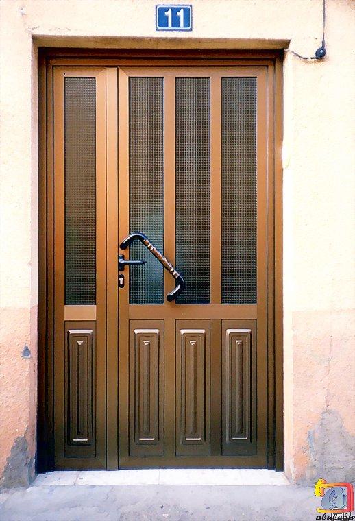 Visualizando imágenes del artículo: Puertas aluminio Nº7